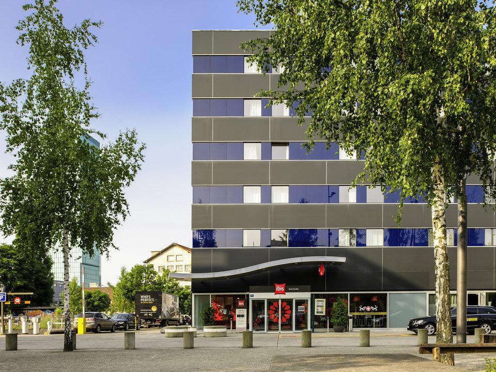 HOTEL IBIS STYLES BASEL CITY