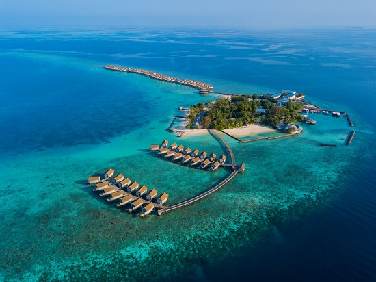 Centara Ras Fushi Resort...