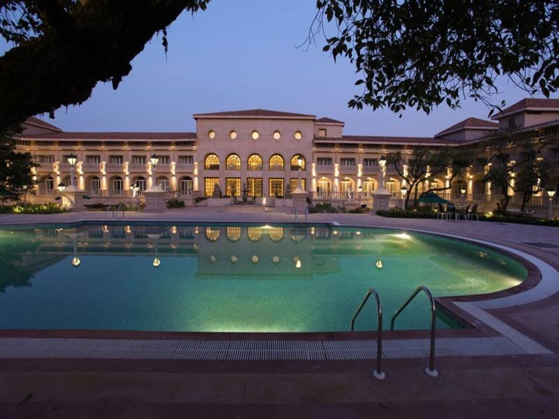 Evershine Resort Mahabal...