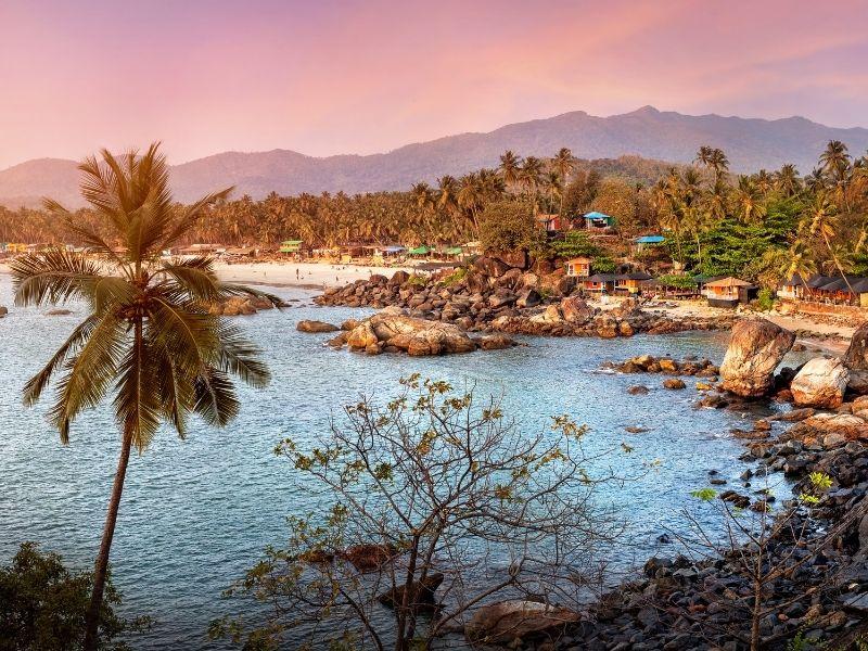 Goa Fun n Frolic Beach H...