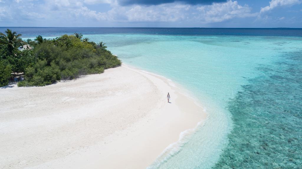 MALDIVES EMBUDU VILLAGE