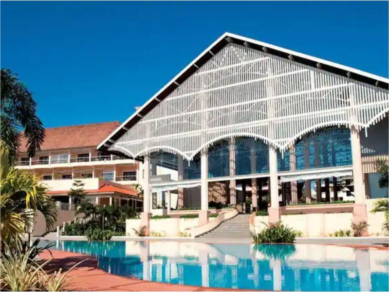 Radisson Blu Resort Goa ...