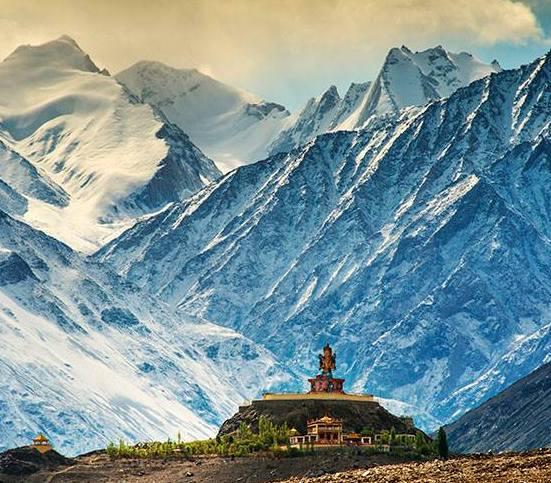 Mystic Ladakh - 8 Days G...
